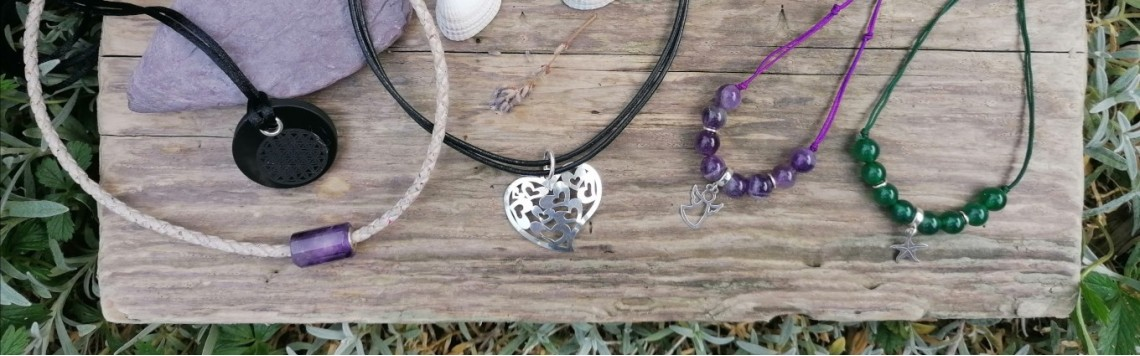 Protective natural stone necklaces